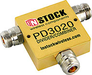 PD3020, 2-way T-style power divider combiner with N-type coaxial connectors spanning 698-2700 MHz